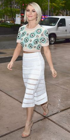 Julianne Hough in DKNY S/S 15
