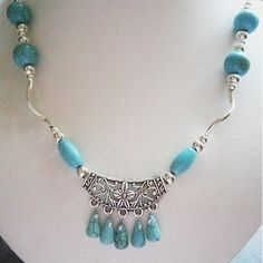 """SALE STARTS TODAY..10% OFF EVERYTHING  18""""  TURQUOISE AND SILVER COLOURED BEADED NECKLACE  £11.00"""