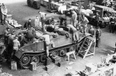 VK 45.01 (P) « Tiger » - assembling one of the Porsche's Tiger prototypes