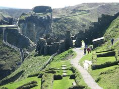Tintagel Castle, Cornwall, England | Things to Do in Cornwall, England