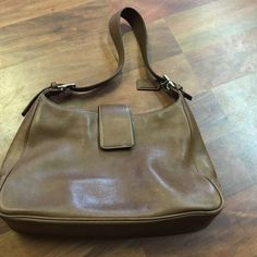Vintage leather coach purse Small markings and normal wear Coach Bags