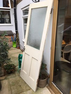You're bidding for and original Victorian pine door (internal) with one glazed panel. H = 2000 mm W = 727 mm D = 37 mm Needs some love & care restoring it and one hinge is missing. Pine Doors, Internal Doors, Ladder Decor, Restoration, Victorian, The Originals, Happy, Kitchen, Ebay