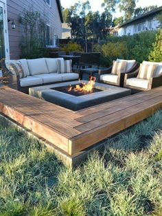 built in seating and modern fire pit