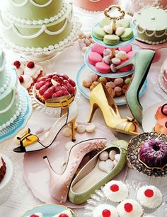 Pink sweets of Vogue Girl - Can't decide what I want more, the shoes or the sweets! :3