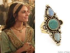 """In the episode (""""The Siege"""") Lady Kenna wears a Vanessa Mooney The Unicorn Ring.Worn with a Calypso St. Reign Mary, Mary Queen Of Scots, Queen Mary, Queen Elizabeth, Kenna Reign, Lady Kenna, Reign Tv Show, Reign Dresses, Reign Fashion"""