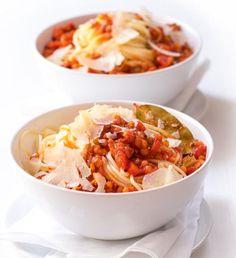 Recepty: Quiche s lučinou a rajčaty Tandoori Masala, Garam Masala, Thing 1, Food Facts, Ratatouille, Quiche, Potato Salad, Chili, Cabbage