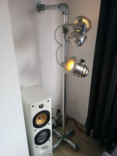 Mooie #lamp voor thuis of voor in uw #discotheek  #creëer het nu met #buizen en #buiskoppelingen