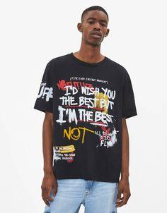 T-shirt imprimé - Tee-shirts - Bershka France New T Shirt Design, Shirt Print Design, Tee Shirt Designs, Tee Design, Mens Polo T Shirts, Tee Shirts, Graphic Shirts, Printed Shirts, Ropa Hip Hop