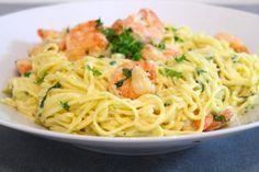 Krämig pasta med scampi & vitlök | Daniel Lakatosz matblogg Candy Recipes, Pasta Recipes, Sweets Cake, Scampi, Fish And Seafood, Food Inspiration, Love Food, Spaghetti, Brunch