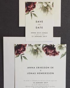 Röda vita pioner Inbjudningskort och save the date till bröllop eller fest. www.annagorandesig.se