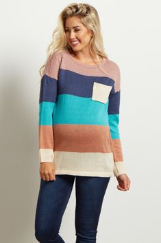This colorblock knit maternity sweater is perfect for staying warm this season. A gorgeous blend of color and neutral makes for a simply balanced maternity top that can easily be dressed up or down. Wear this maternity top with maternity jeans and boots for a perfect look.