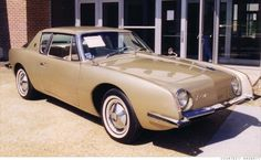 Studebaker Avanti (1962-63) A car far ahead of it's time