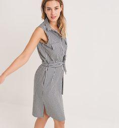 Sleeveless+dress