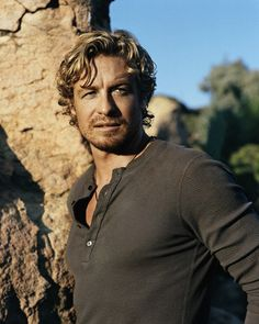 Simon Baker--The sexiest man alive, I think. I started a new board just so I could post this picture!