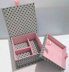 Caixa Organizadora Grande com Divisórias: 20 Ideias - Artesanato Passo a Passo! Cardboard Box Crafts, Paper Crafts Origami, Diy Origami, Fabric Covered Boxes, Fabric Boxes, Diy Gift Box, Diy Box, Jute Crafts, Diy And Crafts