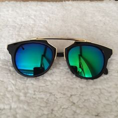 Trendy Summer 2016 Sunglasses Cat Eye Meets Plastic Wrap Metal in these fun trendy Sunglasses! Perfect for current fashion trends! Colorful Lens adds a unique look! Accessories Sunglasses