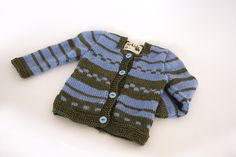Maglioncino unisex in lana su disegno di arkidslab