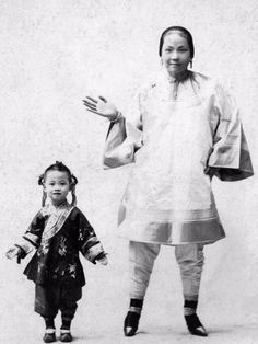 Bound To Be Beautiful: 30 Rare and Scary Vintage Photos of Chinese Women With Bound Feet