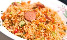 Sopita de arroz con pollo, directamente desde Colombia a conquistar tu paladar. Avocado Recipes, Rice Recipes, Cooking Recipes, Avocado Pasta, Deli Food, Island Food, World Recipes, Good Healthy Recipes, Rice Dishes