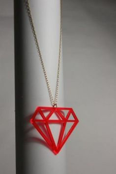 DIY Jewlery in Mohait, Berlin, made by KNIRBS Design: Sexi Plexi Vs Good Wood