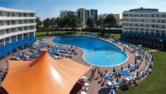 The Hotel Riu Helios (All Inclusive) is located right at the Sunny Beach of Bulgaria and has turned into the new health resort of the Mediterranean. // El Hotel Riu Helios (Todo Incluido) situado en primera linea de Sunny Beach, Bulgaria, se ha convertido en el nuevo balneario del mediterráneo.