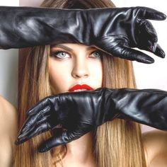 Black Leather Gloves, Best Swimwear, Long Gloves, Fashion Face, High Fashion, Women's Fashion, Poses, Leather Fashion, Beauty