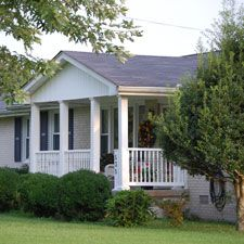 small-ranch-style-house-with-front-porch-designs- this without the ...