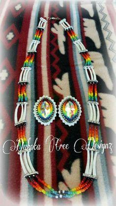 saved Powwow Beadwork, Native Beadwork, Native Beading Patterns, Beadwork Designs, Shell Earrings, Beaded Earrings, Beaded Jewelry, Seed Bead Projects, Beading Projects