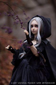 Lunnula Moonbeams, character design by Victoria Francés - Ego - AlterEgo Pretty Dolls, Beautiful Dolls, Beautiful Dark Art, Wiccan Witch, France Art, Gothic Dolls, Fashion Royalty Dolls, New Dolls, Dark Beauty