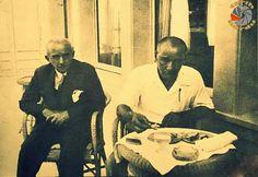 M.Kemal Atatürk ve İsmet İnönü yemekte...