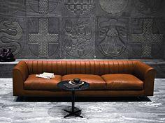Sofá estofado de pele QUILT by Tacchini Italia Forniture   design PearsonLloyd