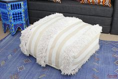 Vintage Moroccan HANDIRA Wedding blanket Pouf Pouffe Ottoman pure wool. Traditional, Authentic, Hand-made in Morocco. This vintage Handira Pouf is hand-woven using pure wool. A unique Vintage Pouf which will instantly create an amazing Moroccan feel and ambience. Very versatile.