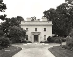 """Important CLEVELAND ARCHITECTURE -""""Gwinn"""" was the summer home of W.G. Mather, on the Lake Erie shore in Bratenahl   Charles A. Platt, architect"""
