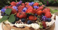 recepty, které opravdu fungují Nigella, Pavlova, Tiramisu, Acai Bowl, Strawberry, Fruit, Breakfast, Cake, Ethnic Recipes