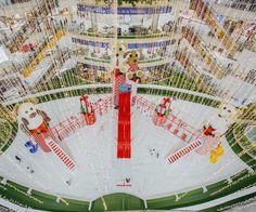 Este es uno de los mejores momentos para que las marcas estén presentes en los centros comerciales #ideasefectivas  Solicita nuestro portafolio de centros comerciales servicioalcliente@efectimedios.com Ferris Wheel, Fair Grounds, Shopping Malls, Seasons