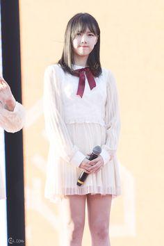 South Korean Girls, Korean Girl Groups, Gfriend Yuju, G Friend, Nice Legs, Kpop Outfits, Interesting Faces, Kpop Girls, Hair Inspiration