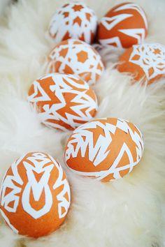 DIY Paper Snowflake Easter Eggs | Motte's Blog
