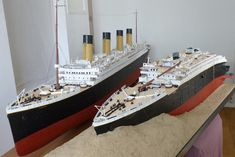 Neat side-by-side comparison of the Titanic, before the sinking (L) and at the bottom of the Atlantic Ocean (R).