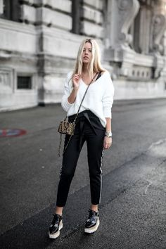 Party Outfit For Teen Girls, Outfits For Teens, Trendy Outfits, Fashion Outfits, Fashion Clothes, Jeans Fashion, Fashion Shoes, Stella Mccartney Schuhe, Stella Mccartney Shoes