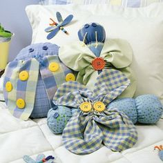 Bug Pillow Trio a Free Sewing Pattern