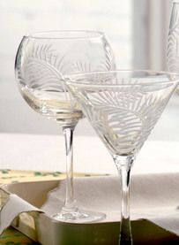 love the sea grass design etching on these balloon wine glasses - so pretty!