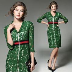 Make spot new European catwalk shows lace long sleeve dress green dress vestidos de renda bordada robe sexy dentelle