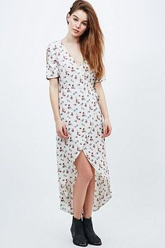 Pins & Needles Off-The-Shoulder Floral Dress in White - Urban Outfitters