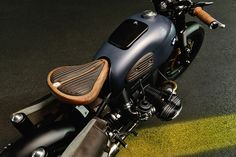 Awesome bike! BMW R69S #Bobber ''Thompson'' by ER motorcycles #motos | caferacerpasion.com