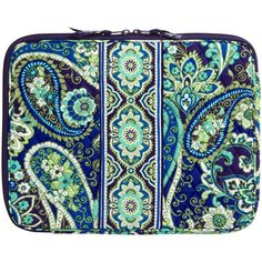 Vera Bradley Laptop Sleeve (61 BRL) ❤ liked on Polyvore featuring accessories, tech accessories, bags, clutches, bags and clutches, rhythm and blues, sale, laptop case, laptop sleeve cases and padded laptop case