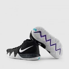Mens Nike Kyrie IV Basketball Shoes