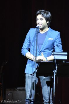 """Jian Ghomeshi hosts """"Love Over and Over"""" June 15 - Tweeted by @michellefawcett"""