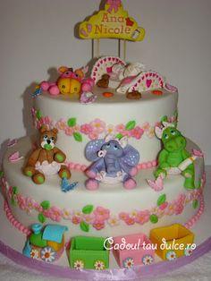 Tort de botez pentru Ana-Nicole | Cadoul Tau Dulce Creative Cakes, Birthday Cake, Desserts, Food, Tailgate Desserts, Birthday Cakes, Deserts, Essen, Dessert