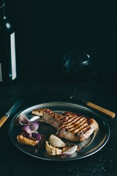 Pork Cutlets with fennel, apples and onions