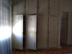 Pueyrredon Al 1800 - Recoleta // Alquiler: 2 Amplios Ambientes, Capital Federal - ZonaProp Tall Cabinet Storage, Locker Storage, Living Comedor, Lockers, Furniture, Home Decor, Federal, Environment, Tall Ceilings